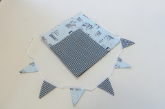 Tablecloth and bunting set - Beach Huts
